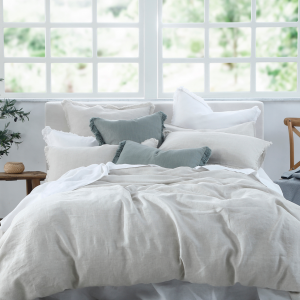 LAUNDERED LINEN Duvet Set Natural and Accessories